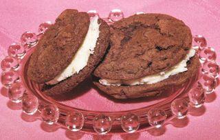 Choc peppermint schnapps ganache cookie-4