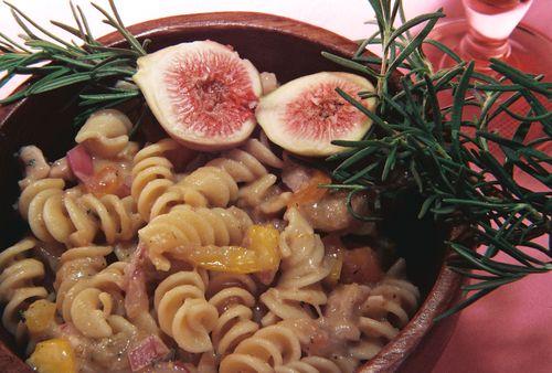 Chicken pasta salad fig balsamic dressing