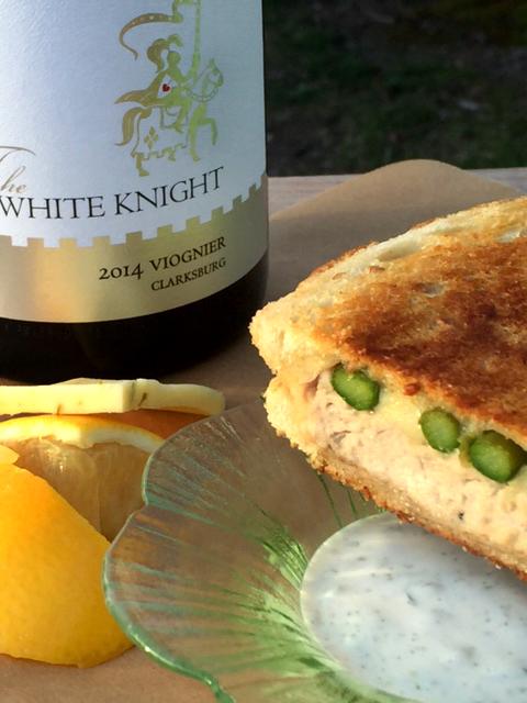 Tuna Asparagus Panini With Viognier Tarragon Sauce 5