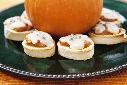 Pumpkin pancetta bruschetta 1